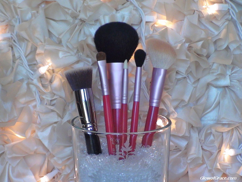 Beauty Box Basics: Brushes